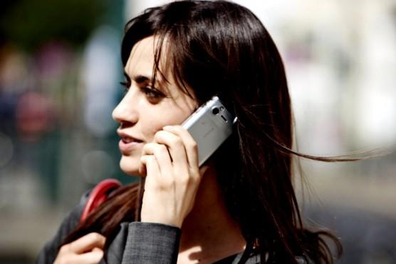 Ramalan Kepribadian Wanita Berdasarkan Jenis Ponsel yang Dipakai